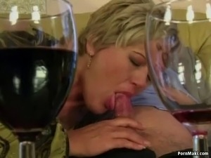 Sexy grandma gets her old pussy fucked hard Grannies, Matures, Stockings,...