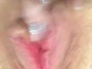 Girlfriend masterbates to orgasm wet pussy
