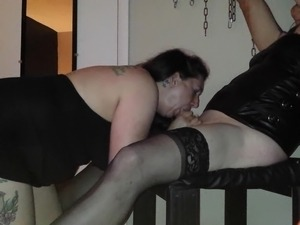 Sissy taking a beating