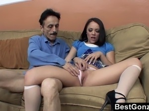 Teen spreads her legs for NOT stepdaddy