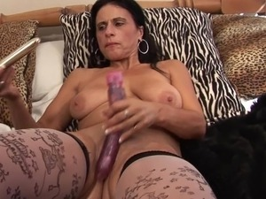 mature brunette milf big boobs 324