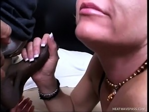 Blonde Milf gets banged by two cocks and gets herself a nasty DP