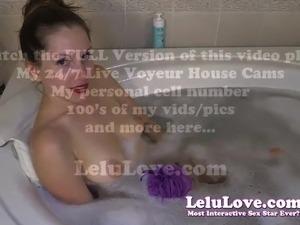 Lelu Love-Rubbing My Pussy In Sudsy Bubble Bath