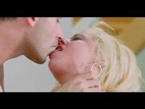 Blonde Slut Getting Fucked